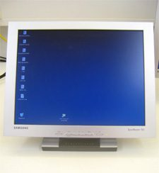 Samsung 152t Mm Monitor Samsung 152t Front2