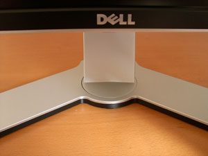 Dell 2407wfp Hc Monitor Dell2407wfphc Front3