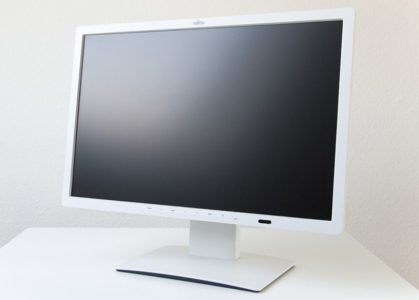 Fujitsu P24w 7 Led Monitor Vorn Schraeg Links