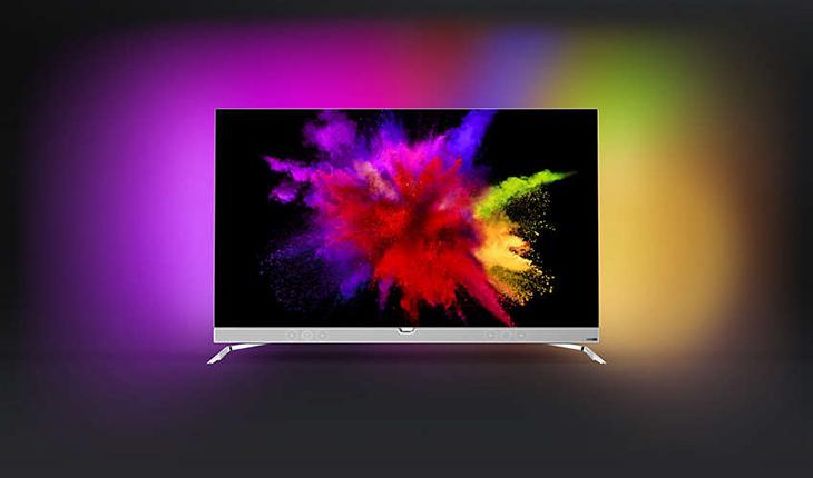 3-seitiges Ambilight beleuchtet drei Seiten des Fernsehers