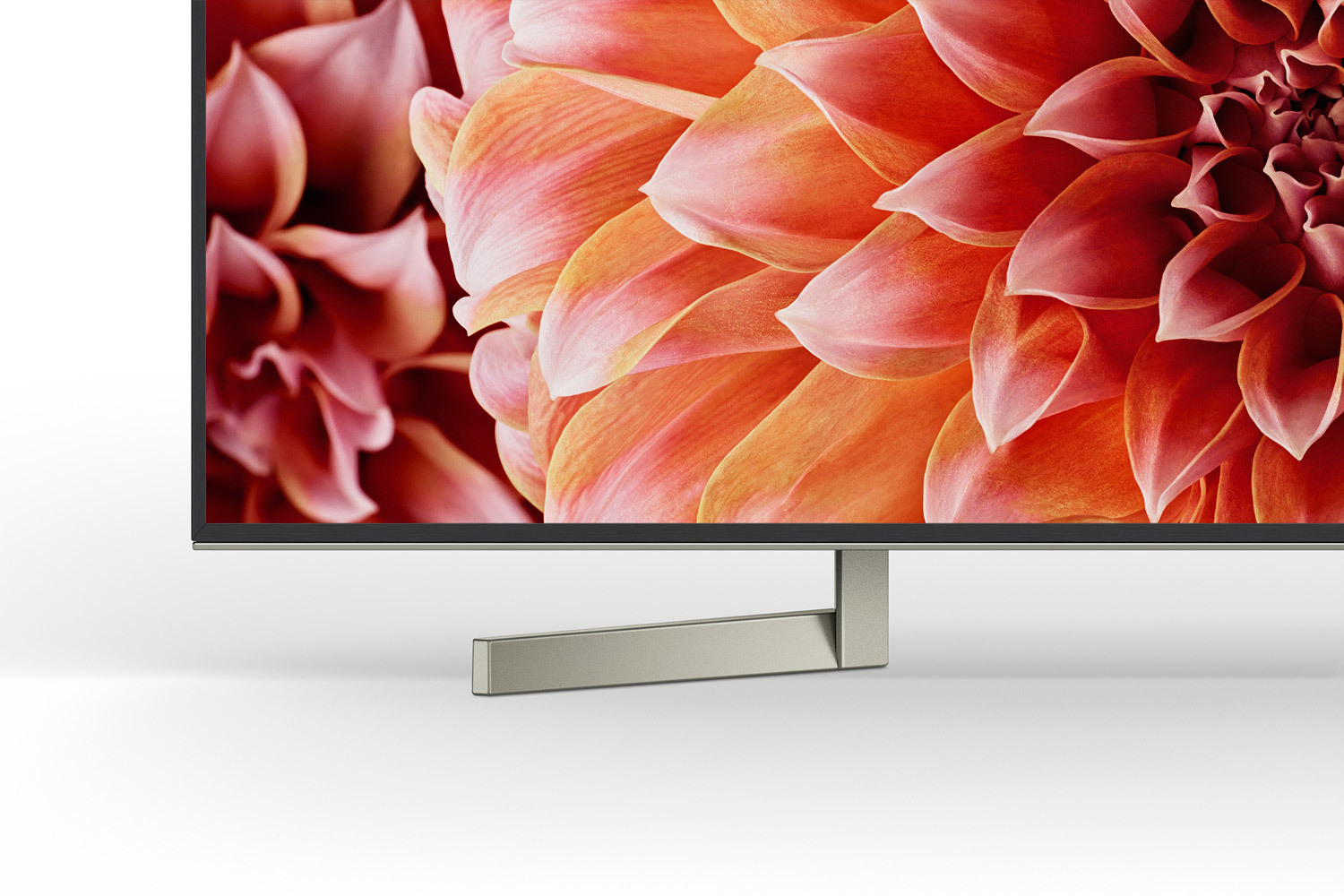 Sony BRAVIA XF90 Detail Standfuß links