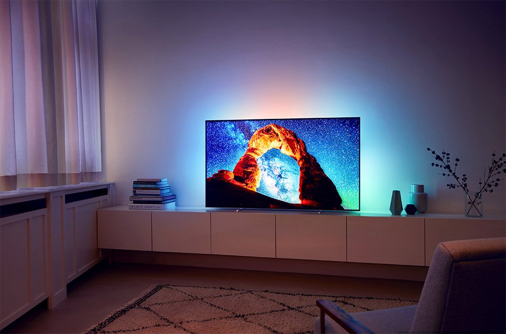 philips stellt ambilight oled tv in 55 und 65 zoll vor. Black Bedroom Furniture Sets. Home Design Ideas